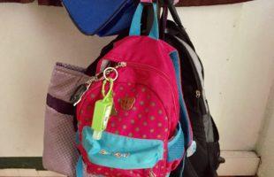 Melatih Kemandirian Hari Ke-8: Cute Bag Hanger